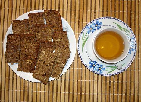 kolač od mešanog brašna (pšenično integralno i heljdino