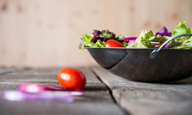 Presna hrana i sokovi – Kritički osvrt